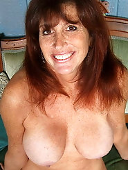 Sexy-shaped older girlfriend with massive jugs