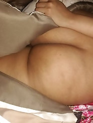 Sexi MILF wants to SQUIRT...MUST SEE